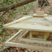 Japanese Birdfeeder