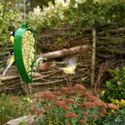 Leaf bird feeder