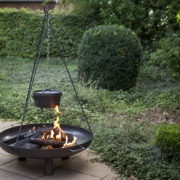 Tripod for fire bowl