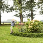 Kindergürtel mit Gartengeräte