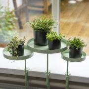 Runde grüne Fensterbankhalterung M