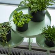 Runde grüne Fensterbankhalterung L