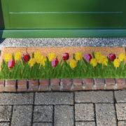 Doormat coir tulips
